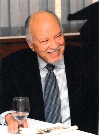 Dr. Frank Moya